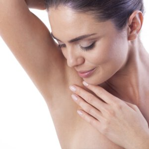 Solution-Clinic-Laser Hair removal-Armpits-Woman